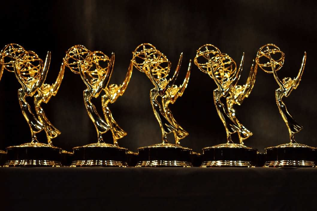 Satue-of-67th-Emmy-Award-Trophy-2015